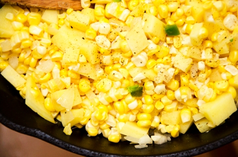 110_0580 corn cooking