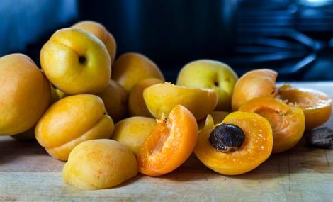 Apricot Jan